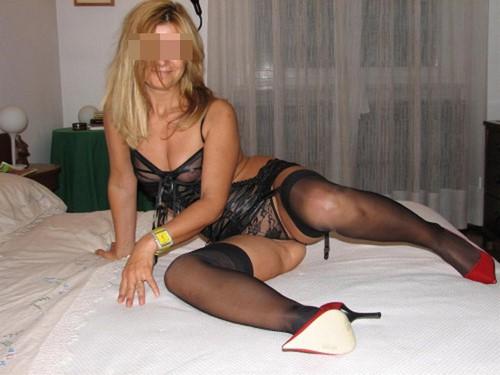 Femme infidèle blonde dispo pour une rencontre à Fourmies