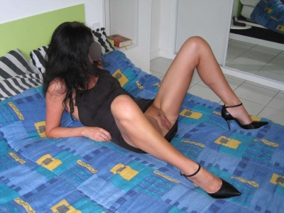 Ma femme cherche son amant noir qui la baisera face à moi